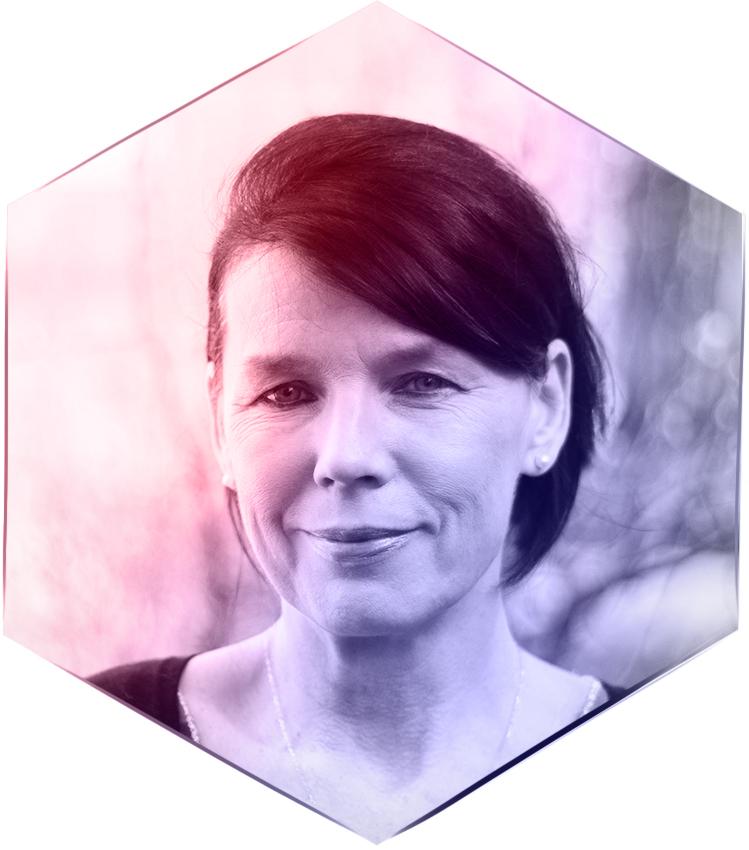 Annette Schönian